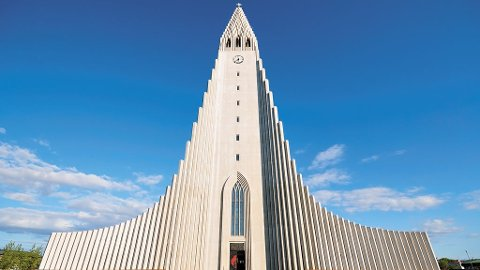 Hallgrímakirkja er et landemerke i Reykjavik.