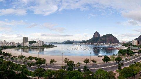 Nå har du sjansen til å tusle på stranda i Rio og se Kristusstatuen.