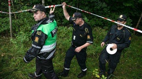 En kamerat av den drapssiktede 64-åringen mener at den siktede aldri kunne ha ferdes i skogholtet hvor liket av Sigrid Giskegjerde Schjetne (16) ble funnet.