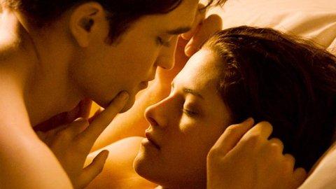 ROBERT PATTINSON OG Kristen Stewart i «Breaking Dawn».