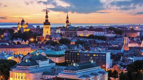 Den vakre gamlebyen trekker mange til Tallinn.