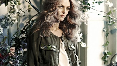 Vanessa Paradis fronter H&M`s nye Conscious-kolleksjon.