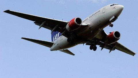 SAS LN-RPH BOING 737 under innflyvning til Oslo Lufthavn Gardermoen
