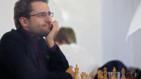 Levon Aronian i aksjon under en turnering i Sao Paolo. Han er nasjonalhelt i Armenia og spiller alltid fryktløst. Bare Garry Kasparov og Magnus Carlsen har hatt et høyere ratingtall i sjakk enn Aronian.
