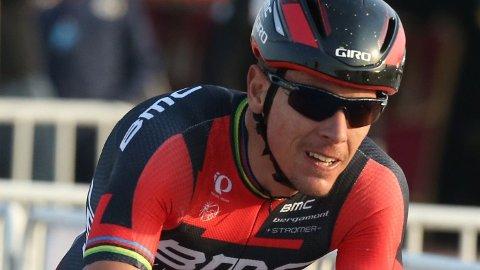 FARLIG: Belgieren Philippe Gilbert var ikke fornøyd med å måtte sykle mellom hissige italienske bilister.