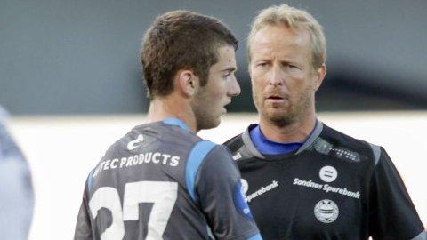 FERDIG: Zymer Bytyqi og Sandnes Ulf ser ut til å skille lag.