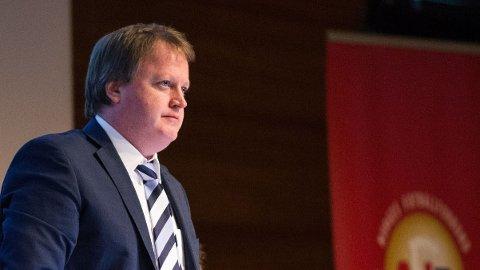 ØNSKER SAMARBEID: Fotballpresident Yngve Hallén vil samarbeide med myndighetene for å bekjempe casualsvold i norsk fotball.