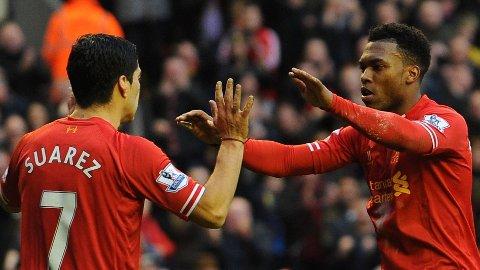 MÅLMENN: Luis Suarez og Daniel Sturridge bøtter inn mål.