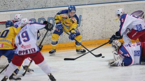 VANT: Storhamar vant deres tredje strake semifinalekamp mot Vålerenga mandag kveld. Foto: Geir Olsen / NTB scanpix