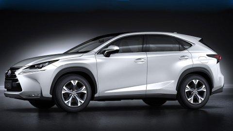 Fra siden ser vi tydelige likhetstrekk med storebror RX, den har vært en stor suksess for Lexus i mange år.