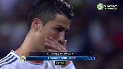TÅREVÅT: Cristiano Ronaldo var tårevåt da han tuslet av banen under møtet med Bayern München.