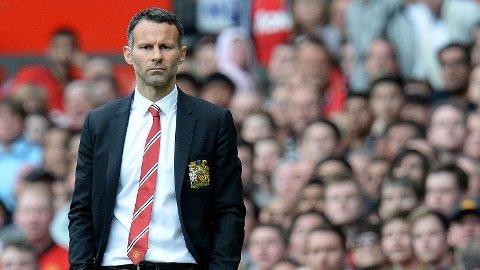 SEIER I DEBUTEN: Ryan Giggs ledet Manchester United til en solid seier mot Norwich i sin første kamp i managerrollen.