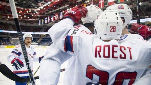SCORET: Niklas Roest scoret for Norge mot Italia.