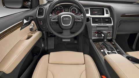 Audi Q7 er en av de største og mest luksuriøse SUV-ene du kan kjøpe. Snart er det klart for helt ny utgave - og den blir lettere!