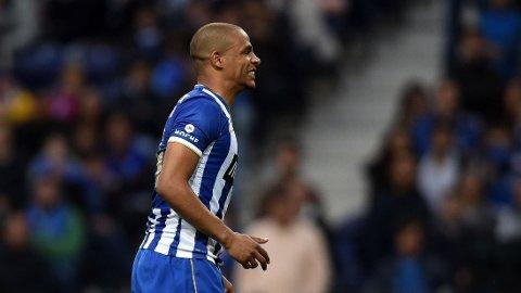 PÅ VEI TIL MANCHESTER: Ifølge Manchester Evening News blir Ferndando trolig City-spiller denne uken.