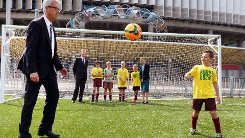 FFA-sjef David Gallop åpner for at Australia kan komme til å søke på nytt om å få arrangere VM i fotball i 2022.