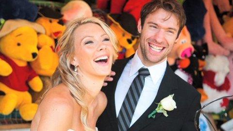 HUN FRIDDE, HAN SA JA: Katie Moore giftet seg 3. juli 2010. Hun døde 7. januar 2013.