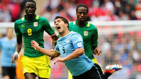 USIKKERT: Det er fortsatt usikkert om Luis Suarez rekker Uruguays åpningskamp mot Costa Rica.