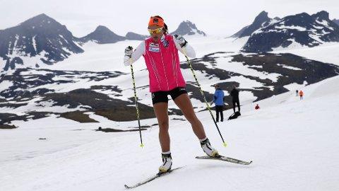 Maiken Caspersen Falla skal trene mindre foran neste sesong. Her er hun fra et opphold på Sognefjellet.