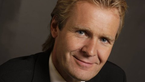 - Jeg forlater NRK etter 24 år, sier den profilerte programlederen fra Billingstad til Budstikka.