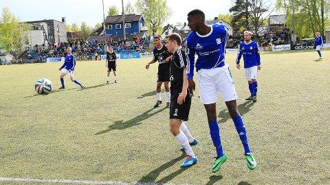 TOPPSCORER: Akinbola Akinyemi har scoret åtte mål for Kjelsås denne sesongen. Lørdag sendte han Kjelsås i 1-0 ledelse i en kamp laget vant 4-0.