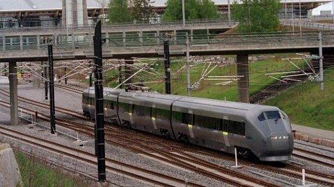 RAMMET FLERE TOG: Også Flytoget opplevde store forsinkelser som følge av signalfeilen i ettermidag.