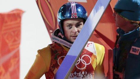 LYSTEN: Anders Jacobsen er lysten på å hoppe mer på ski.