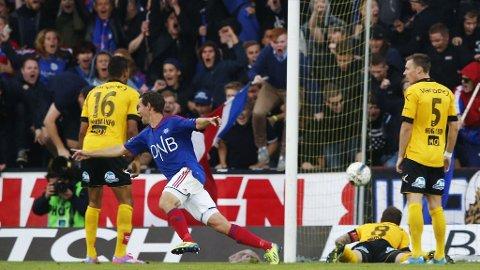 Morten Berre og Klanen feirer hans eliteseriemål nummer hundre. Men det holdt ikke til poeng mot Lillestrøm.