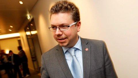 FULL STØTTE: Frps Ulf Leirstein sier at han støtter Sverigedemokraternas innvandringspolitikk hundre prosent.