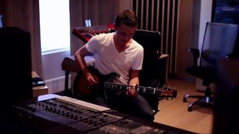 17-åringen Jacob Gundersen fra Grefsen er lansert som elektronikaartisten Jack Taylor. Han har samarbeidet med Thom Hell, og har flere overraskelser i ermet.