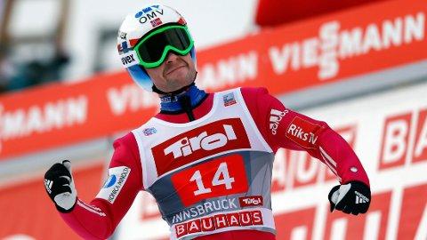 SKUFFET: Anders Jacobsen gjennomførte et solid hopp i første omgang, men skuffet i andre omgang i Innsbruck søndag.