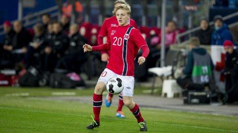 Mats Møller Dæhli i aksjon for landslaget mot Estland. FOTO: NTB scanpix