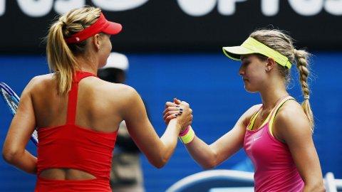 RUSSISK SEIER: Maria Sjarapova slo ut den kanadiske tennisyndlingen Eugenie Bouchard.