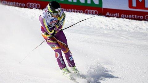 SKADET: Kjetil Jansrud skadet seg under torsdagens super-G-renn.