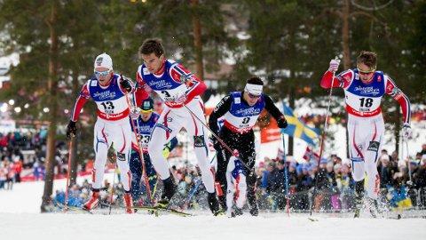 DRAMA: Det gikk hardt for seg under sprinten. Her er Petter Northug (f.h.), Tomas Northug og Eirik Brandsdal under kvartfinalen i klassisk sprint for menn.