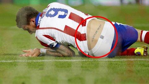 FLAUSE: Mario Mandzukics tatovering betyr ikke helt det som var den opprinnelige tanken.