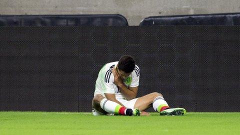 BRUDD: Javier Hernandez brakk kragebeinet.
