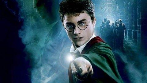FÅR VI MER?: Regissøren uttaler at han vil lage flere filmer. Vil det bli mer Harry Potter?