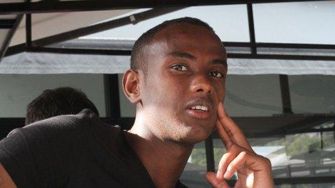 SLITER: Abdisalam Ibrahim sliter med å få spilletid i Olympiakos.