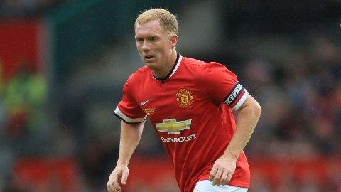 KRITISK: Paul Scholes er ikke fornøyd med spillet til Manchester United.