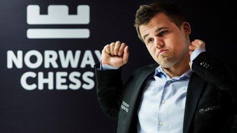 GÅR SÅ DET SUSER: Magnus Carlsen gjør det bra også økonomisk.