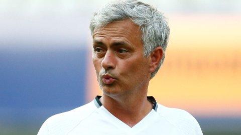 UPOPULÆR I BAYERN: Metodene José Mourinho og Manchester United bruker for å kvitte seg med Bastian Schweinsteiger er ikke langt i fra akseptable blant spillerens tidligere ledere i Sør-Tyskland.