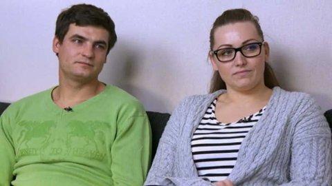 Salvis (31) og Jolanta (29) hadde et drømmebryllup på kreditt. De har også hatt lange utenlandsopphold de har betalt for med kredittkort.