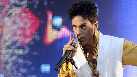 PRINCE: I løpet av årets første måneder var det mange av verdens mest kjente som døde. Blant dem artisten Prince.