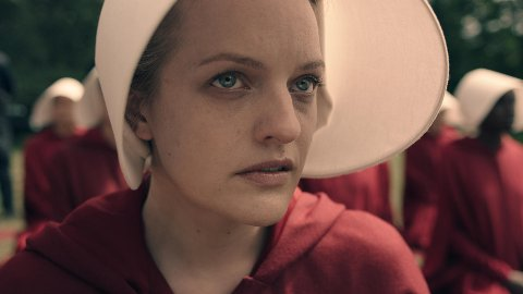 THE HANDMAID'S TALE: Elisabeth Moss som Offred.
