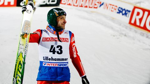 VIL HOPPE I OL: Den russiske veteranen Dimitry Vassiliev håper å få delta i OL i Pyeongchang.