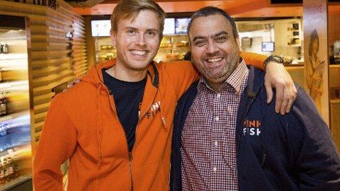 GIGANTSATSING: Stjernekokk Geir Skeie (t.v) og matkjedeekspert Ronny Gjøse jobber hardt for å skape en internasjonal hurtigmatkjede basert på norsk laks.
