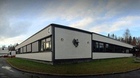- Det har vært et tragisk dødsfall av en 15 år gammel gutt som gikk i 9 klasse på Ramstad skole, bekrefter Bærum kommune onsdag formiddag.
