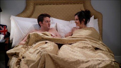 OUT OF YOUR LEAGUE: Da karakterene Chandler og Monica i «Friends» ble et par, ble det fokusert mye på at Chandler hadde scoret en dame som var mye penere enn ham. På TV gikk det bra, men i virkeligheten er det smartere å velge innenfor egen «liga», mener adferdsbiolog Jens Andreas Huseby.