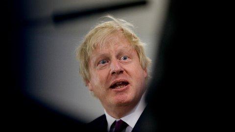 Boris Johnson, nylig avgått utenriksminister i Storbritannia, mener kvinner i burkaer ligner «postkasser» og «bankranere» har vært for frittalende og krass som utenriksminister i Storbritannia.